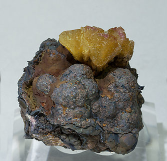Adamite on Goethite.