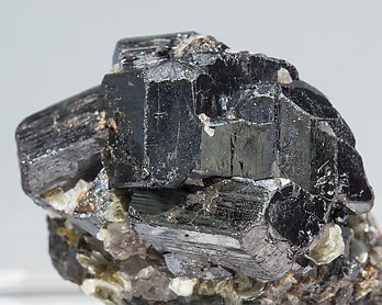 Ixiolite with Muscovite.