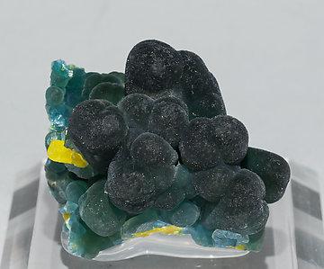 plumbogummite with pyromorphite