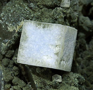 Fluorite with Quartz and Clinochlore.