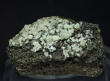 Scheelite with Amphibole.